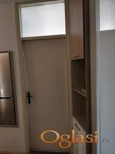 Sobna vrata sa svetlarnikom 4 kom.