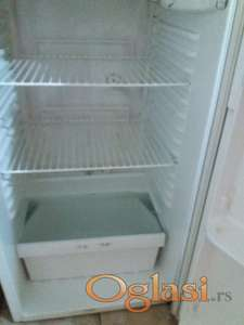 Povoljan ispravan veliki frižider