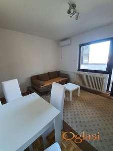 Novo Naselje 35 m2 kompletno namešten odmah useljiv!