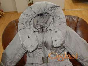 Lepa ženska jakna, kao nova,