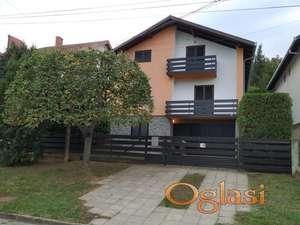 Prodajem odlicnu renoviranu kucu u Sremskoj Kamenici, Novi Sad!
