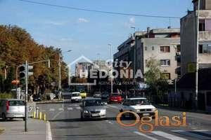 Komforan trosoban stan u Cara Dušana ID#7128