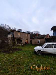 Na prodaju kuca u Lesnici