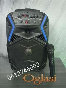 Bluetooth zvucnik karaoke + Bezicni mikrofon BK-T8017