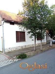 Prodajem kuću u Backom Petrovcu