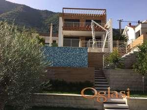 Nova vila na 1 liniji u Kotorskom zaljevu