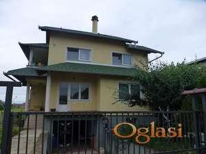 Odmah useljiva novija kuća  225/1000 m2, Stara Pazova