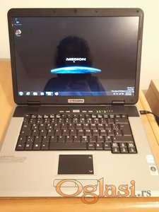 Medion MD96290, dual core,2gb ram,160gb hd, kamera