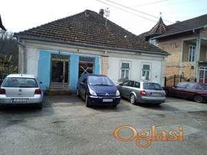 Kuća u centru Bagrdana sa lokalom, može i zamena za stan