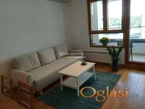 Izdavanje stanova Beograd- Novi Beograd- Wellport- Lux stan sa garažom