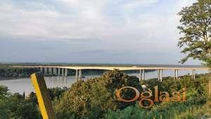 Prodajem vikendicu sa najlepsim pogledom na Dunav