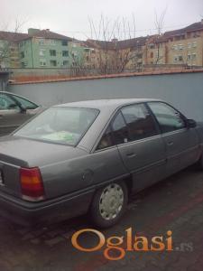 Novi Sad Opel Omega 1990