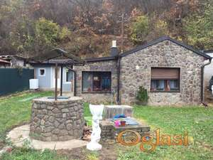 Kuća na odličnoj lokaciji u Starim Ledincima!