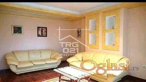 Prodaje se trosoban stan u centru! ID#1801