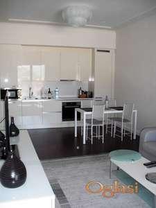 Stan u Porto Montenegro. Neverojatna cijena - 4.015 eura/m2