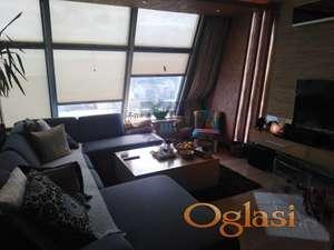 LUX stan na atraktivnoj lokaciji!! 021/2215100