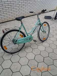 Prodajem manji ženski bicikl