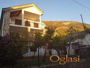 Fenomenalna kuca u Sutomoru, Crna Gora