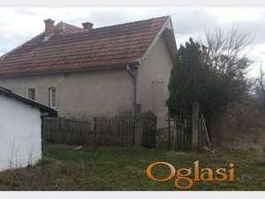 Prodajem seosko domacinstvo,Donja Trepca-Cacak