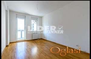 Izuzetno komforan 2.0 stan na atraktivnoj lokaciji ID#105252