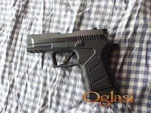 Startni pistolj model ekol alp 9mm novo
