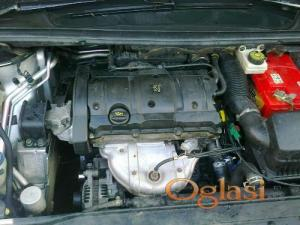 Novi Sad Peugeot 307 limuzina 2001