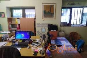 Odlican lokal u centru Novog Sada,moze biti u funkciji garsonjere!!!021/662-0001
