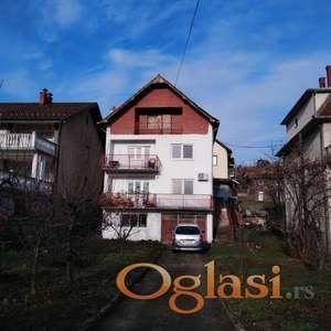 Kuća od oko 250m2 i 5,86ari placa u Aranđelovcu, 60.000e