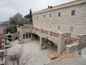 Drevno imanje u Crnoj Gori, Rezevici