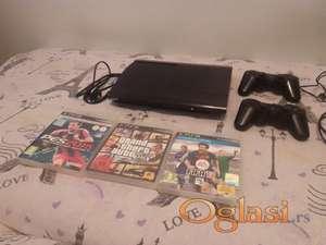 PS3 SuperSlim 12GB+2 kontrolera+3 igre