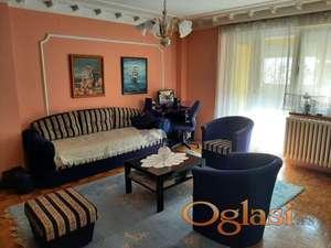 Komforan trosoban stan u kvalitetnoj zgradi!!! -ADRIJANA-0631678412