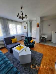 Odličan stan! Top lokacija! Vlasnik!