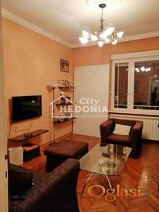 Komforan dvoiposoban stan na Karađorđevom trgu ID#6843