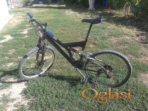 Bicikl MTB shimano oprema za 11000 dinara nije fiksno