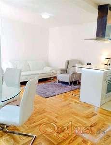 Izdavanje stanova Beograd-Voždovac- Četvorosoban lux stan u novogradnji, parking mesto