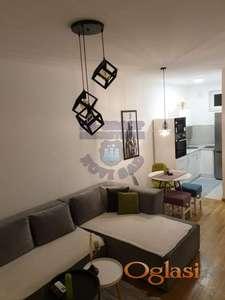 Odličan stan kod Socijalnog 021/221-5101