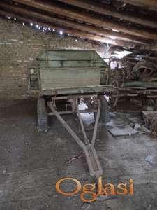 Traktorski špediter