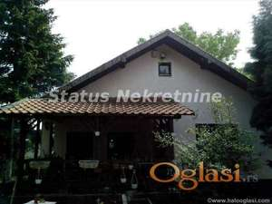 Petrovaradin, Kuća i plac na Širinama
