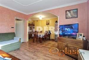 Kuća u najlepšem delu Zemuna , zasebna na 3ara ID#109171