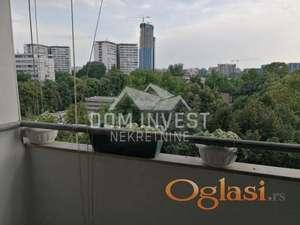 Novi Beograd Blok 38 4,0 renoviran ID#1526