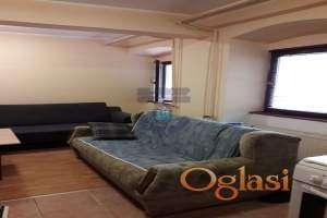 Predstavljamo odličan suterenski stan u jednoj od najtraženijih ulica u Novom Sadu.