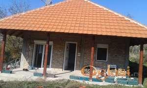 prodaje se kuca u Vrdniku,bez agencijske provizije