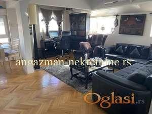 Prelep, moderan stan u bloku 70 - 70kvm ID#14452