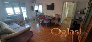 Četvorosoban stan u Gagarinovoj.JEDINSTVENA PRILIKA!!