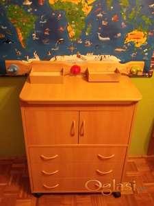 Bambino komoda za povijanje i kupanje beba