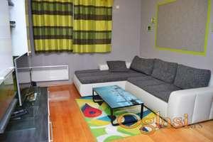 Lux opremljen dvosobni apartman