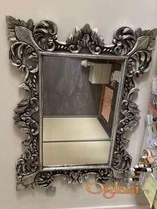 Ogledalo, srebrni ram