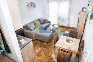 Novi Sad, Centar - Odličan, kompletno namešten dvoiposoban dupleks stan