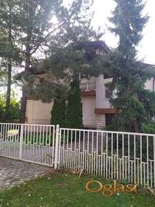 Prodajemo kucu u Kulpinu 30 km od Novog Sada