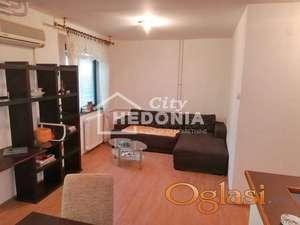 Komforan dvosoban stan u Durmitorskoj ID#7083